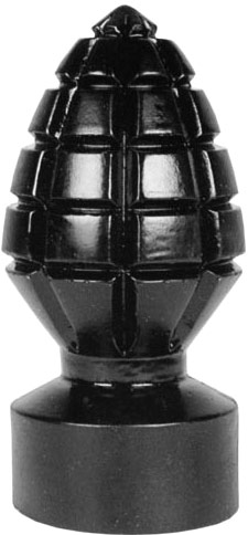 All Black No. 33 Granat Anal Plug